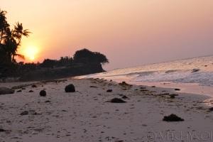Sun rise at Alona